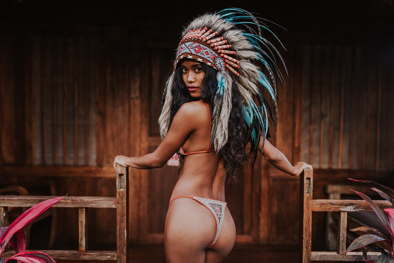 Putri Cinta Naked